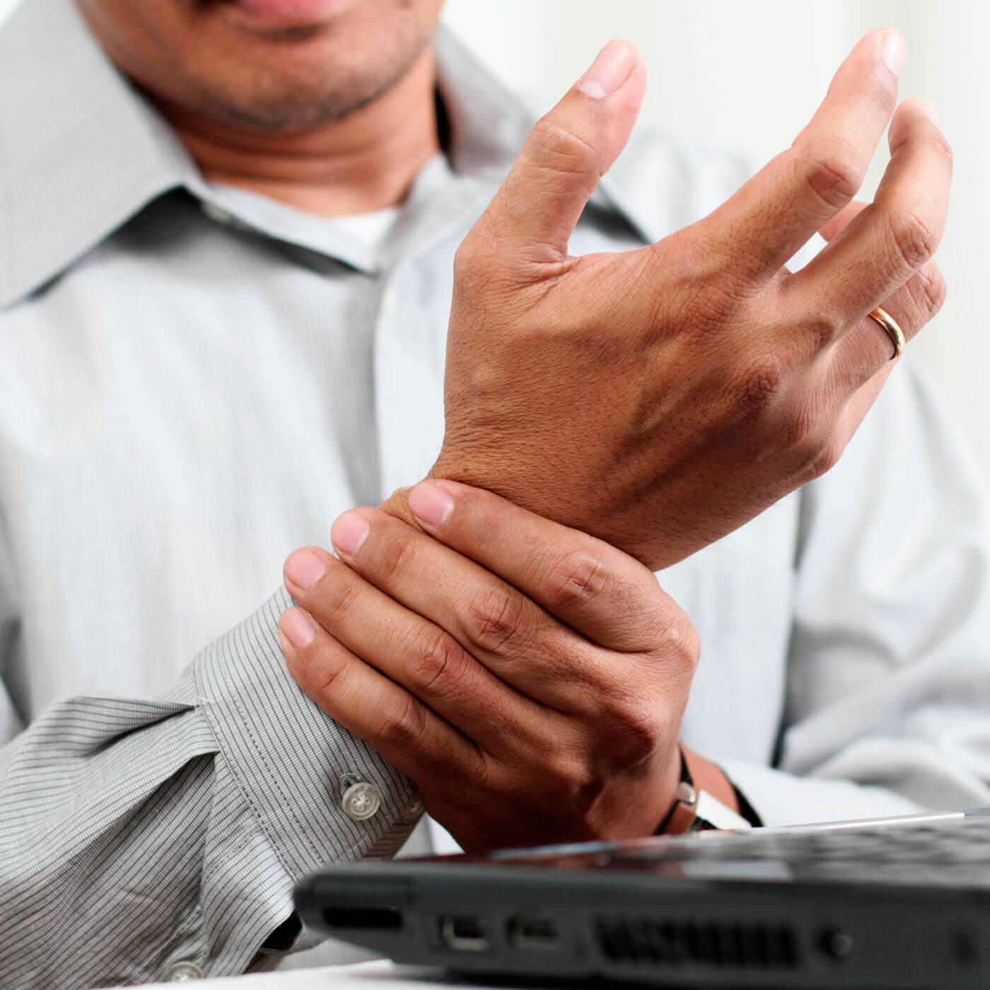 Essential Chiropractic and Healthcare Clinic - Carpal Tunnel Syndrome Pain Relief and Treatment